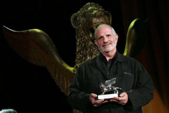 Brian De Palma con il Leone d'argento per Redacted