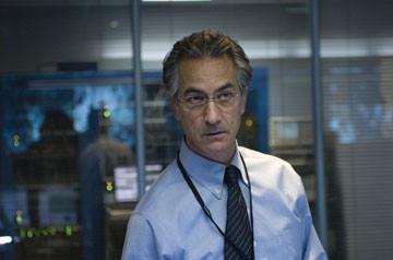 David Strathairn in una scena del film The Bourne Ultimatum