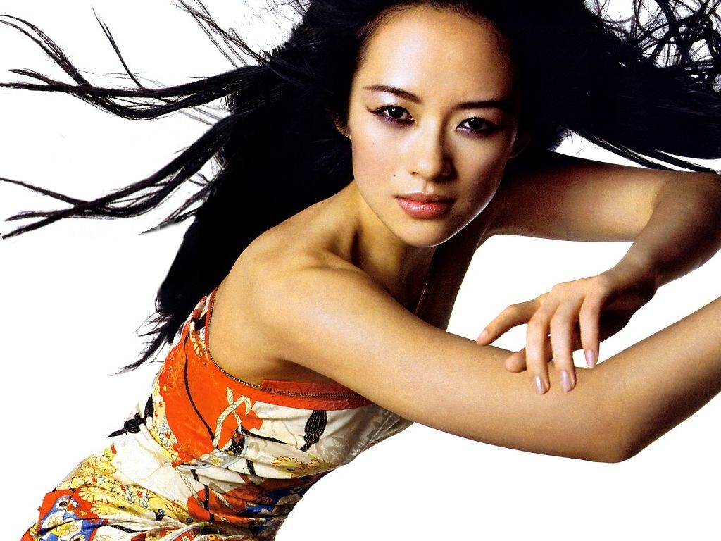 Wallpaper dell'attrice cinese Zhang Ziyi