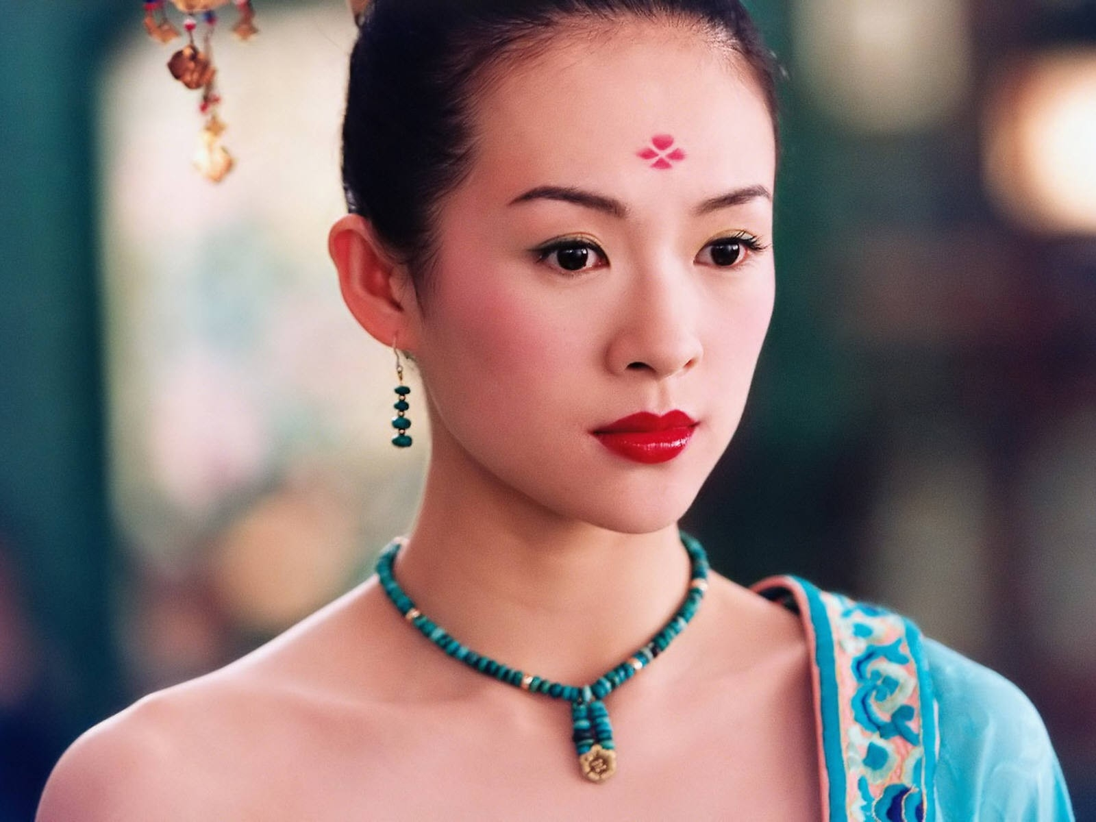 Wallpaper dell'attrice orientale Zhang Ziyi