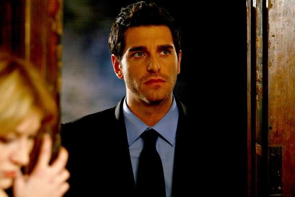 Gianpaolo Morelli in una scena de 'Il capitano 2', episodio 'Operazione Hawala - Prima parte'