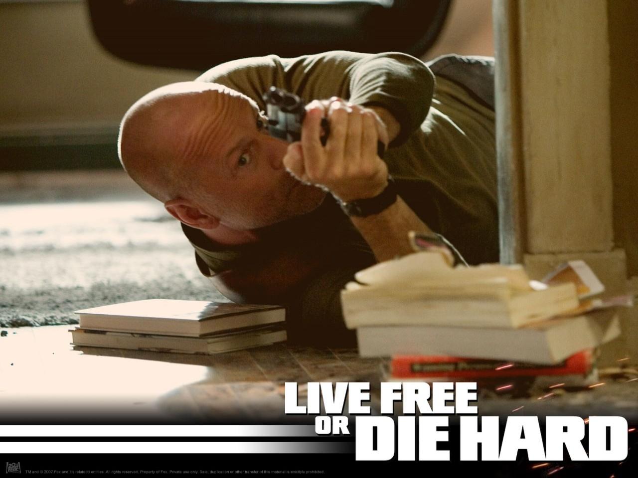 Wallpaper del film Die Hard - Vivere o morire con Bruce Willis