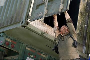Willis in una scena del film Live Free or Die Hard