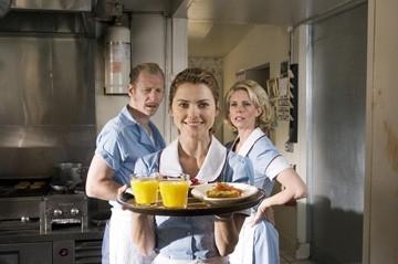 Keri Russell, Lew Temple e Cheryl Hines in una scena del film Waitress