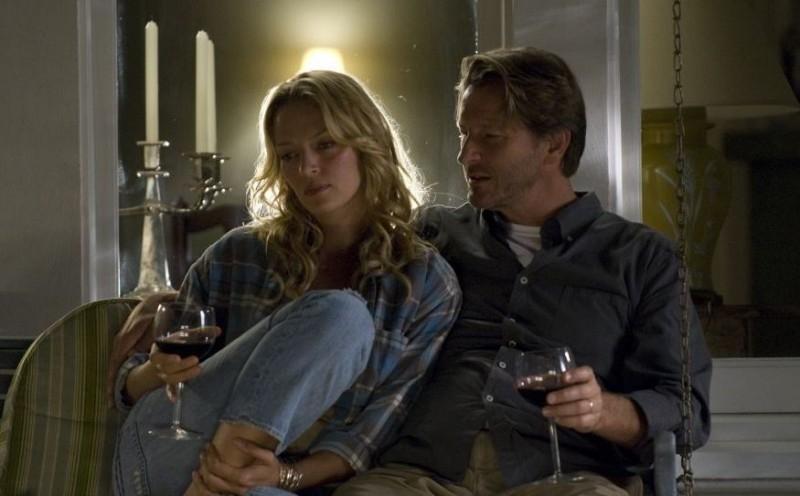 Uma Thurman e Brett Cullen in una scena del film Davanti agli occhi, diretto da Vadim Perelman
