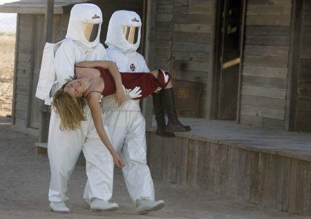 Fa sorridere questa scena di Milla Jovovich in RESIDENT EVIL: EXTINCTION