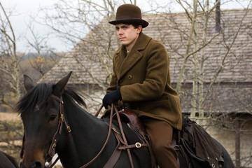 Casey Affleck in una scena del film The Assassination of Jesse James