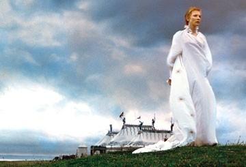 Cate Blanchett in una scena di Elizabeth The Golden Age