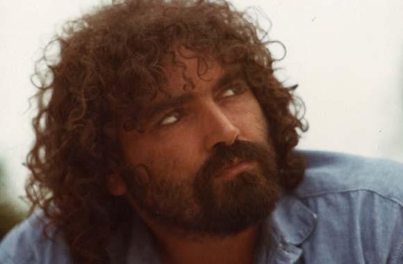 Diego Abatantuono in un'immagine del suo primo spettacolo teatrale, 'Cane di Puglia'