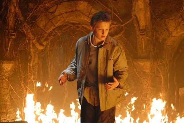 Alexander Ludwig in una sequenza del film Il risveglio delle tenebre