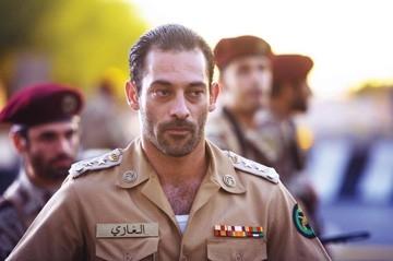 Ashraf Barhoum in una scena di The Kingdom
