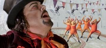 Eddie Izzard in una scena del film musicale Across the Universe