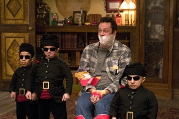 Vince Vaughn in una scena di Fred Claus