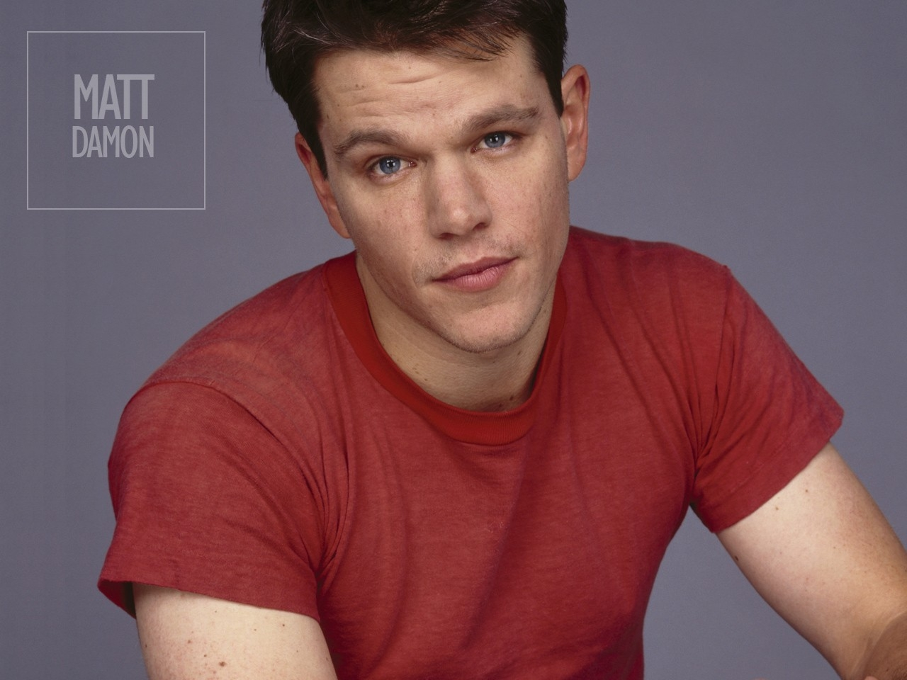 Wallpaper di Matt Damon in t-shirt rossa