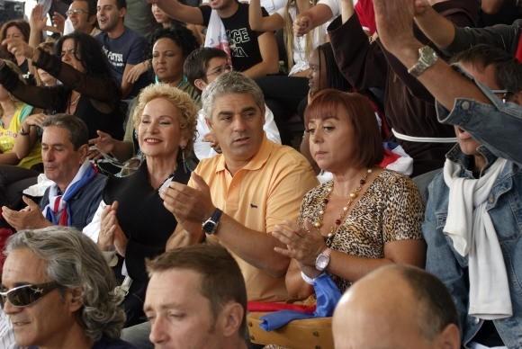 Giuliana Calandra e Biagio Izzo ne L'allenatore nel pallone 2