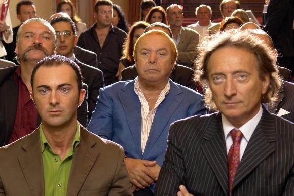 Lino Banfi e Amedeo Goria in un'immagine del film L'allenatore nel pallone 2
