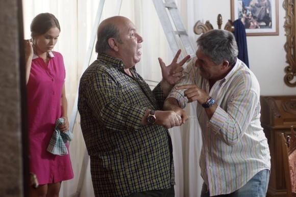 Lino Banfi in una scena del film L'allenatore nel pallone 2
