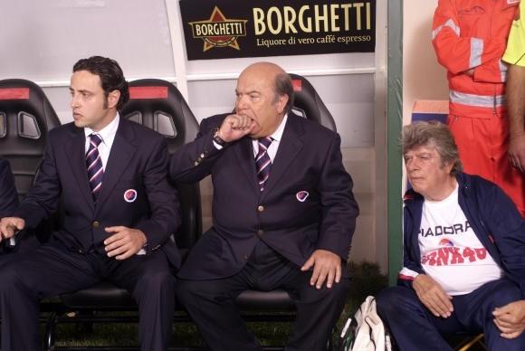 Lino Banfi sulla panchina de L'allenatore nel pallone 2