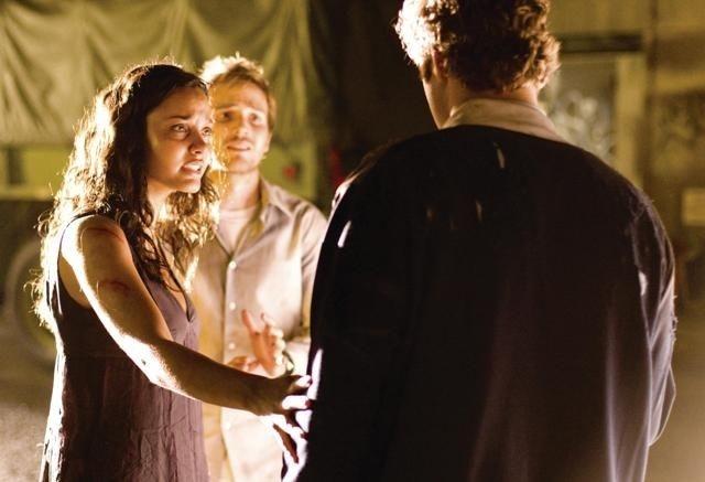 Michael Stahl-David e Jessica Lucas in Cloverfield