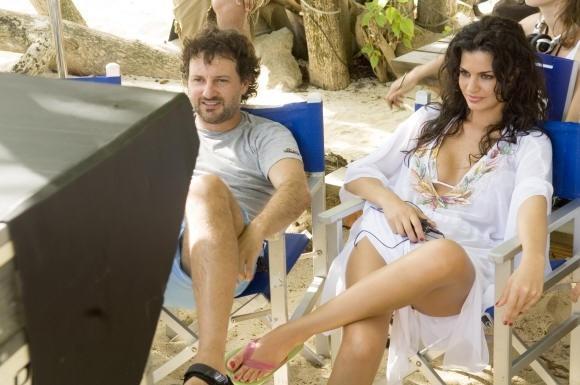 Laura Torrisi con Leonardo Pieraccioni in 'Una moglie bellissima.