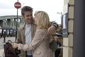 Colin Farrell e Sally Hawkins in una scena di Sogni e Delitti