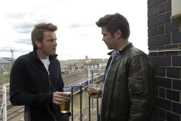 Ewan McGregor con Colin Farrell in una scena di Sogni e Delitti