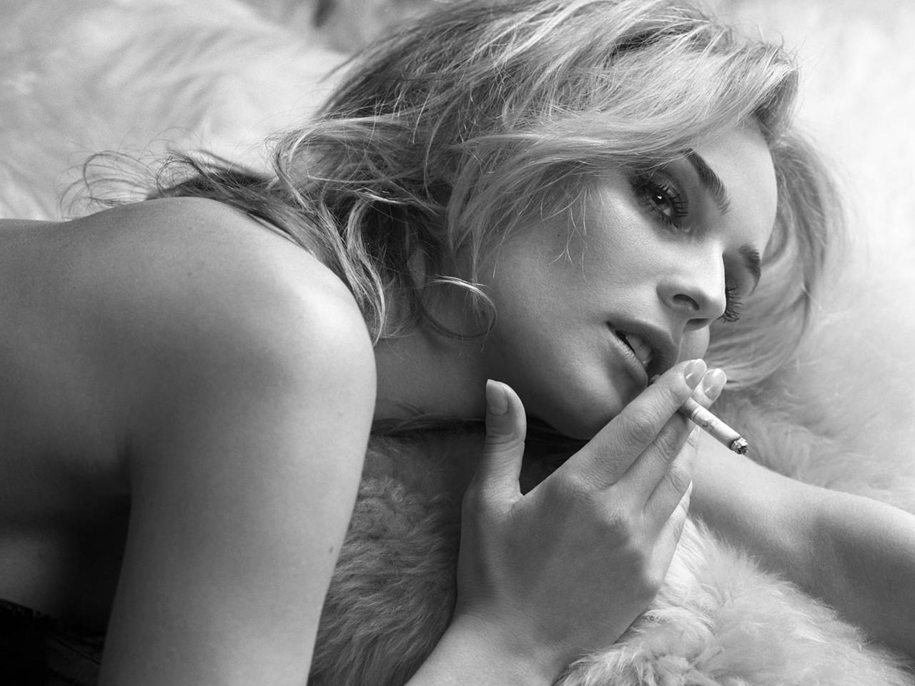 Wallpaper della splendida Diane Kruger
