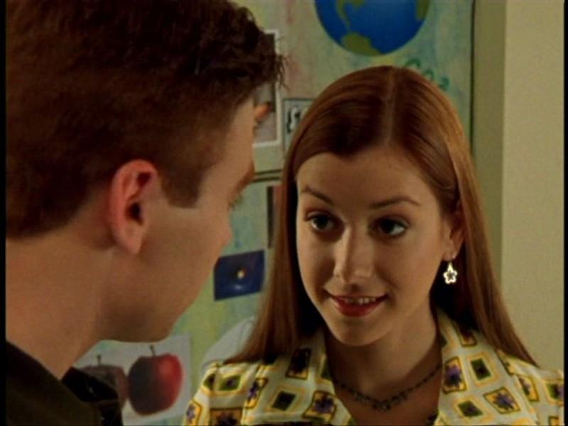 Alyson Hannigan in una scena dell'episodio 'Pezzi di ricambio' di Buffy - L'ammazzavampiri