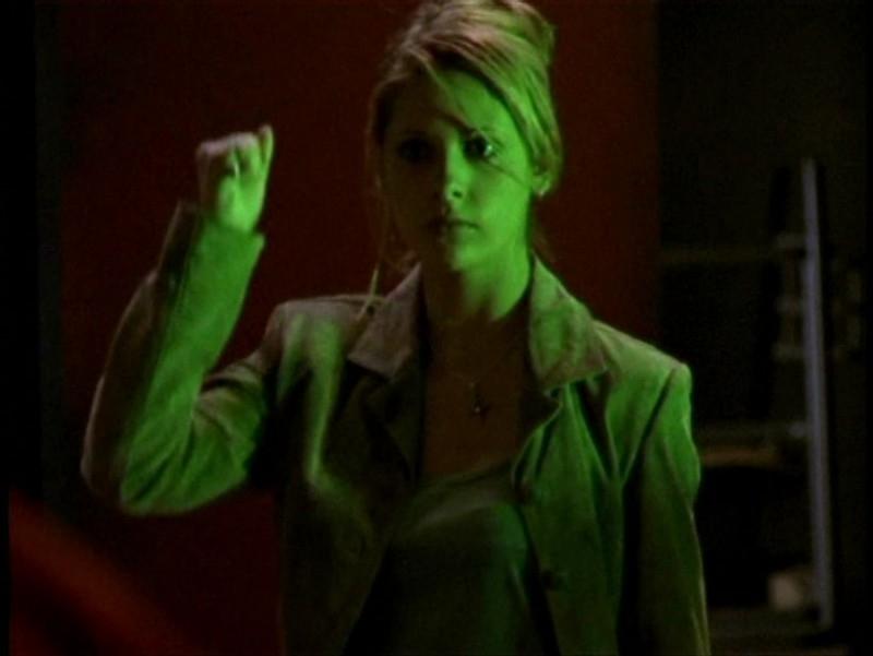 Sarah Michelle Gellar alla riscossa nell'episodio 'Pezzi di ricambio' di Buffy - L'ammazzavampiri