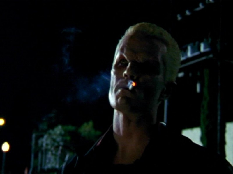 James Marsters in una scena dell'episodio 'Un avversario pericoloso' di Buffy - L'ammazzavampiri