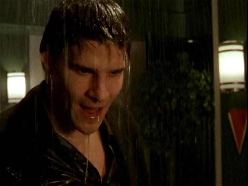 David Boreanaz nell'episodio 'Un attimo di felicità' di Buffy - L'ammazzavampiri