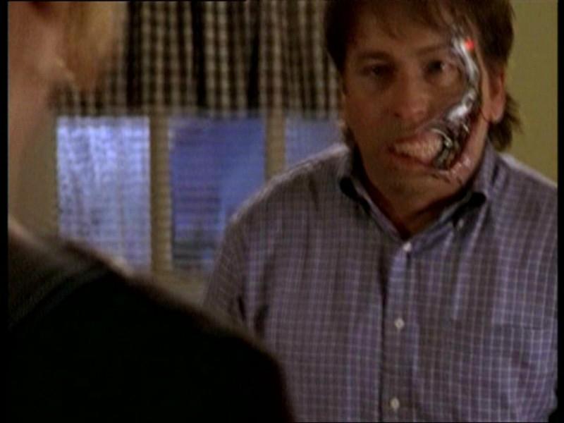 John Ritter in una scena dell'episodio 'Il fidanzato di mamma' di Buffy - L'ammazzavampiri