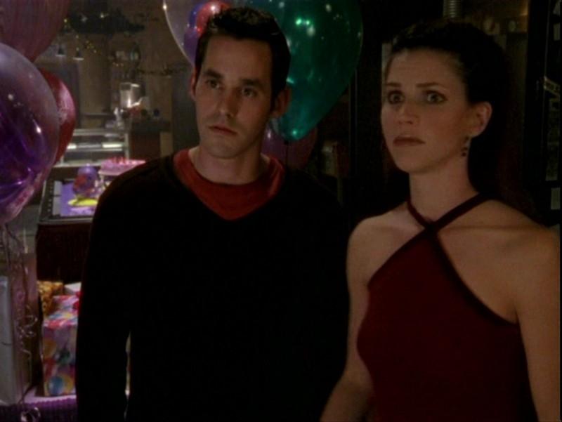 Nicholas Brendon e Charisma Carpenter nell'episodio 'Sorpresa' di Buffy - L'ammazzavampiri