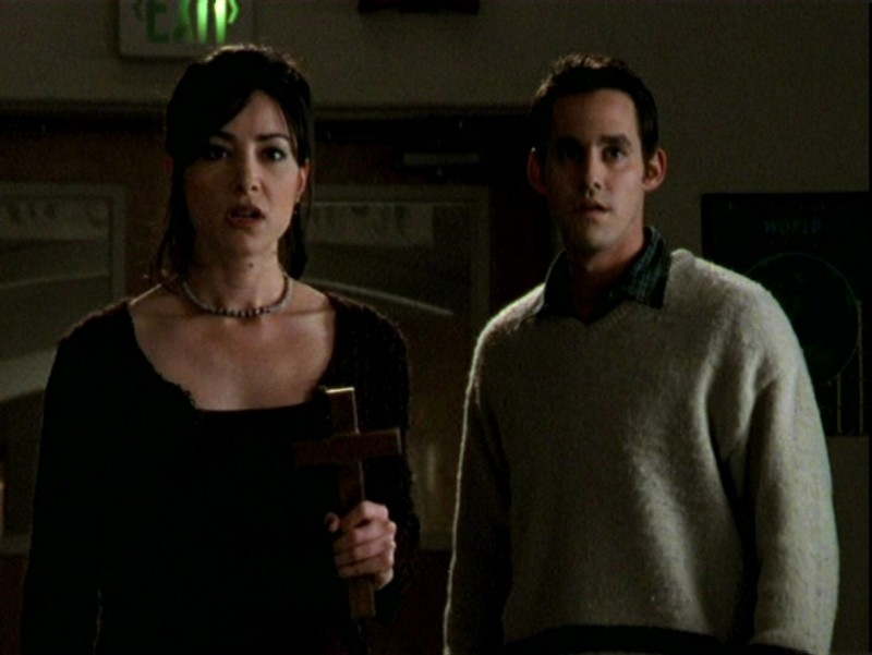 Robia LaMorte e Nicholas Brendon in una sequenza dell'episodio 'Un attimo di felicità' di Buffy - L'ammazzavampiri