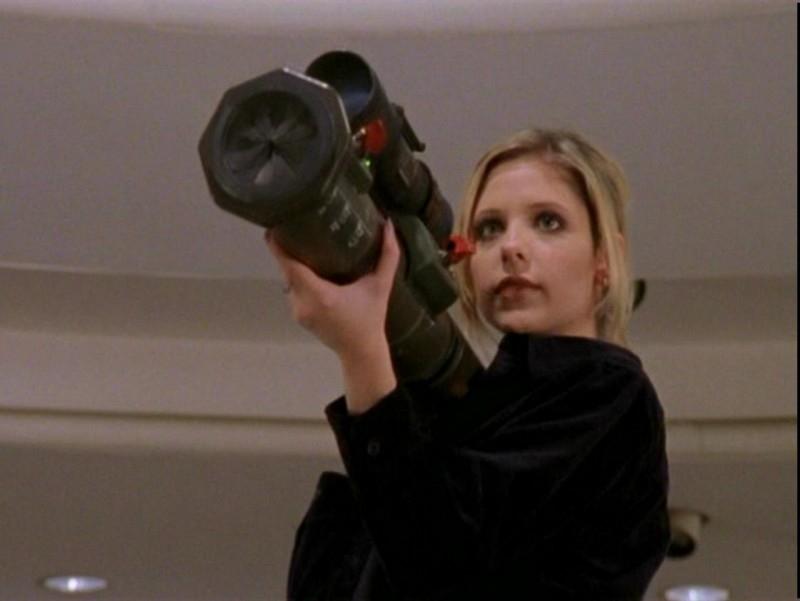 Sarah Michelle Gellar alla riscossa nell'episodio 'Un attimo di felicità' di Buffy - L'ammazzavampiri