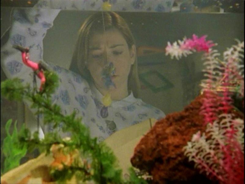 Alyson Hannigan in una scena dell'episodio 'Passioni' di Buffy - L'ammazzavampiri
