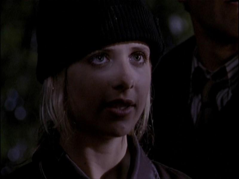 Sarah Michelle Gellar nell'episodio 'Notte di luna piena' di Buffy - L'ammazzavampiri