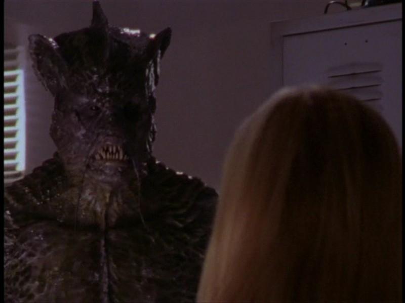 Un'immagine dell'episodio 'Il DNA del campione' di Buffy - L'ammazzavampiri