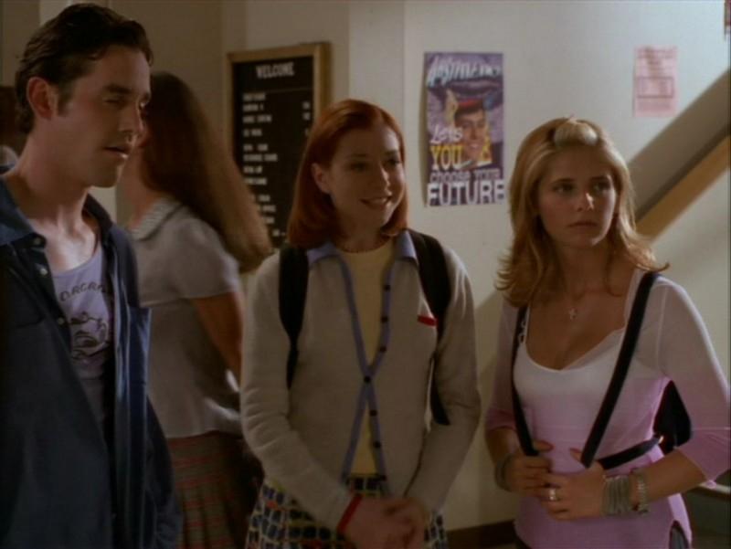 Alyson Hannigan, Nicholas Brendon e Sarah Michelle Gellar nell'episodio 'L'incantesimo' di Buffy - L'ammazzavampiri