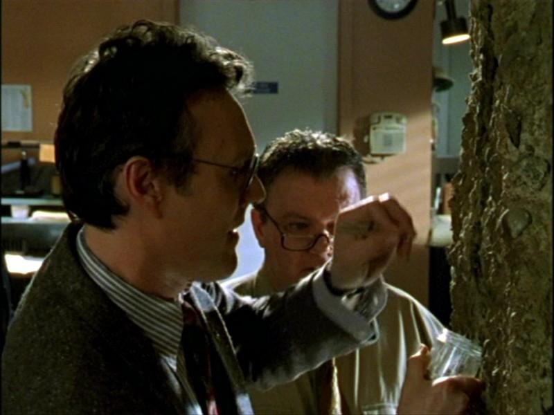 Anthony Head nell'episodio 'L'inizio della storia (1ª parte)' della seconda stagione di Buffy - L'ammazzavampiri