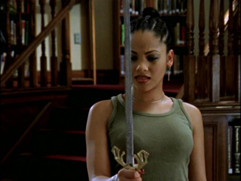 Bianca Lawson nell'episodio 'L'inizio della storia (1ª parte)' della seconda stagione di Buffy - L'ammazzavampiri
