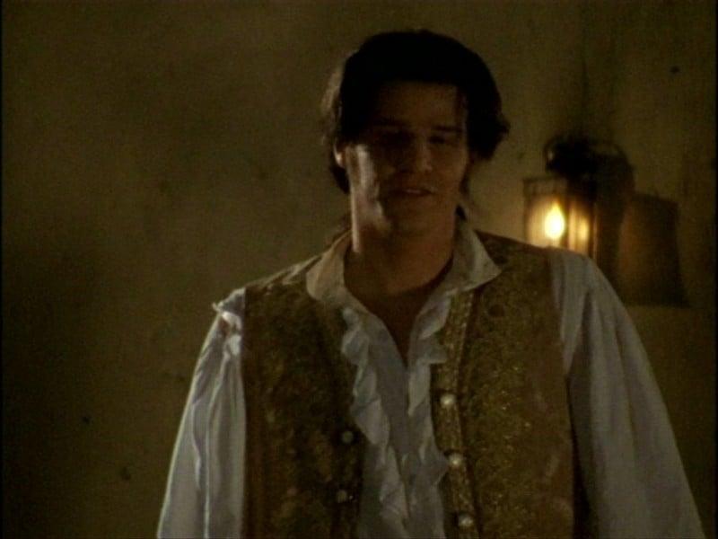 David Boreanaz in una scena dell'episodio 'L'inizio della storia (1ª parte)' della seconda stagione di Buffy - L'ammazzavampiri