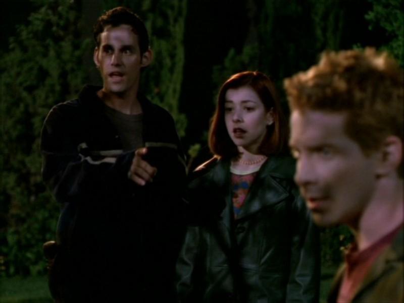 Nicholas Brendon, Alyson Hannigan e Seth Green nell'episodio 'Identità segreta' di Buffy - L'ammazzavampiri