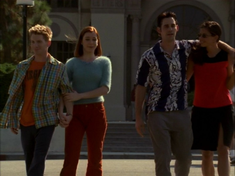 Seth Green, Alyson Hannigan, Nicholas Brendon e Charisma Carpenter nell'episodio 'L'incantesimo' di Buffy - L'ammazzavampiri