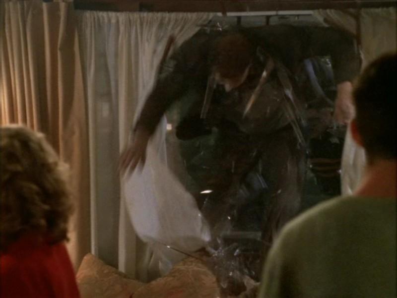 Un'immagine tratta dall'episodio 'La festa dei morti viventi' di Buffy - L'ammazzavampiri