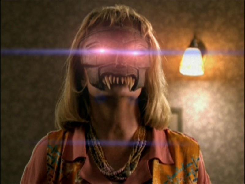 Un'inquietante immagine dall'episodio 'La festa dei morti viventi' di Buffy - L'ammazzavampiri