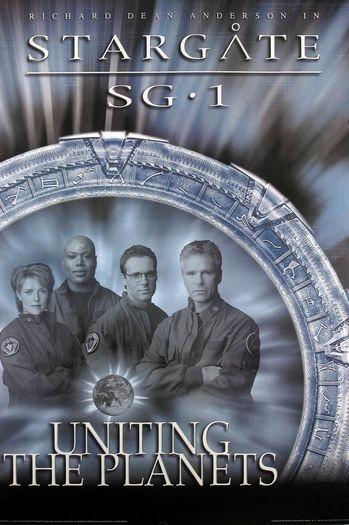 La locandina di Stargate SG-1