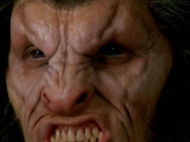 Seth Green sotto il trucco nell'episodio 'La bella e le bestie' di Buffy - L'ammazzavampiri