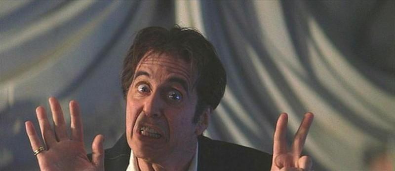Al Pacino in una scena de L'AVVOCATO DEL DIAVOLO