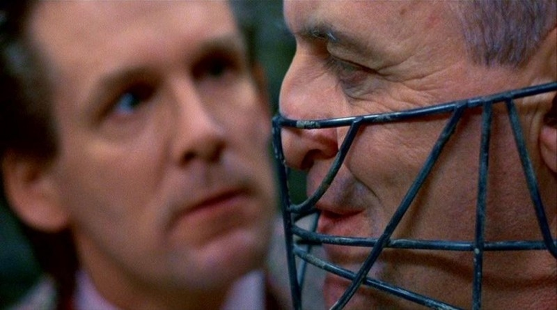 Anthony Heald e Anthony Hopkins in una scena de IL SILENZIO DEGLI INNOCENTI